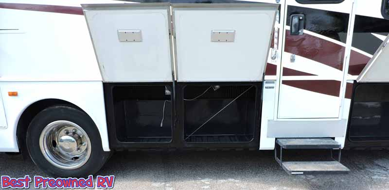 2004 Fleetwood Pace Arrow W 2 Slides Wood Floors Warranty