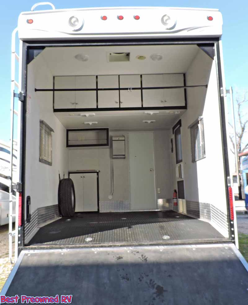 Toy Hauler With Outdoor Kitchen: 2009 Heartland Cyclone 5th Wheel