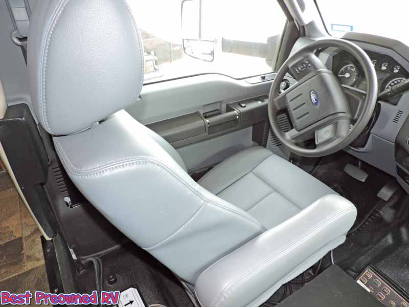 2014 Thor Chateau class C Diesel King Bed Warranty